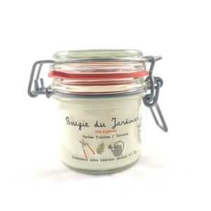 Bougie à la cire végétale (soja) parfumée aux herbes fraîches et à la verveine